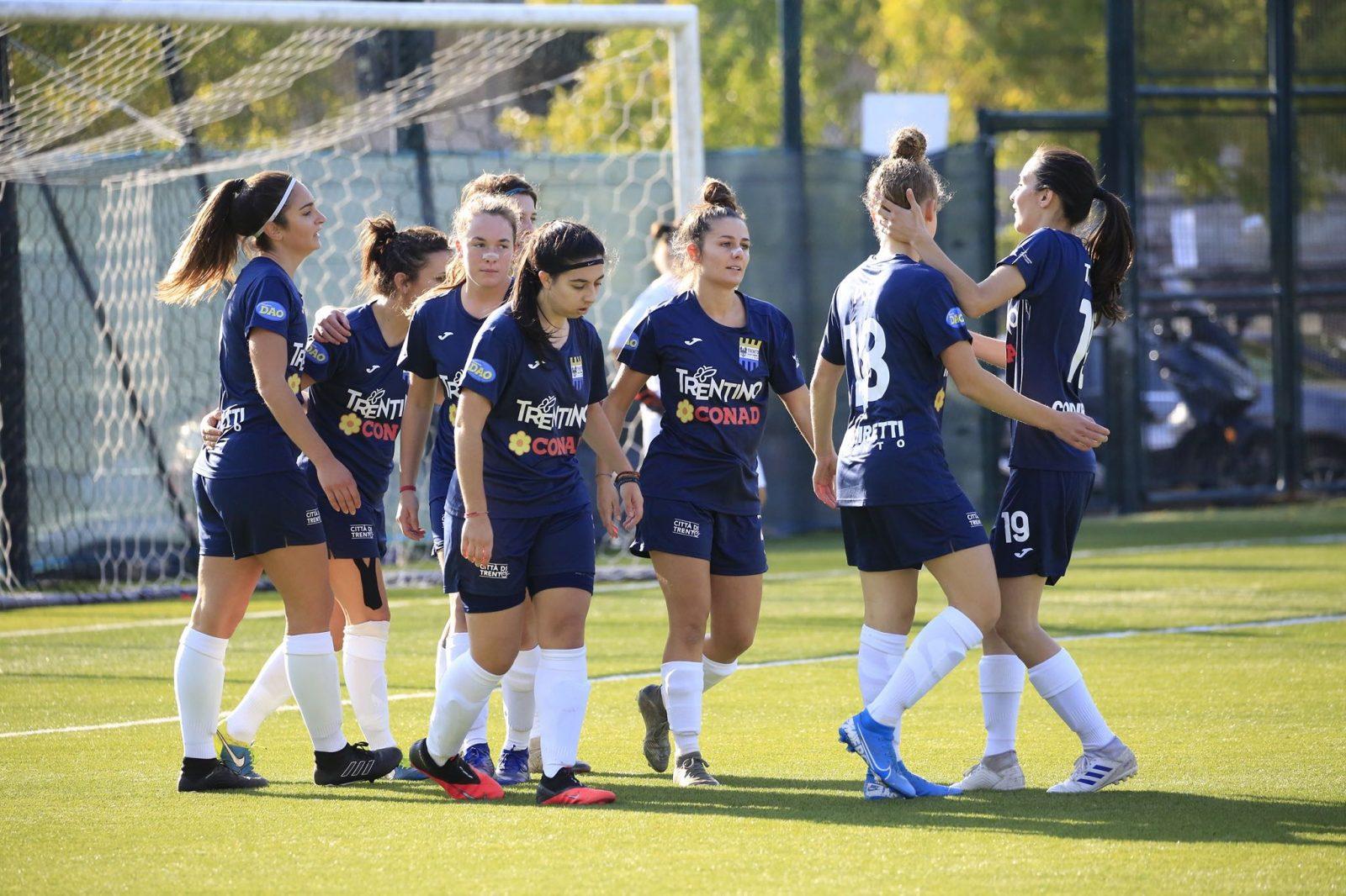 Foto di squadra_Trento calcio femminile