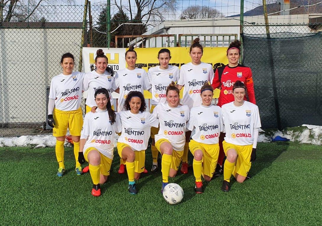 Le 11 titolari del Trento Calcio Femminile nel match: Trento vs Le Torri