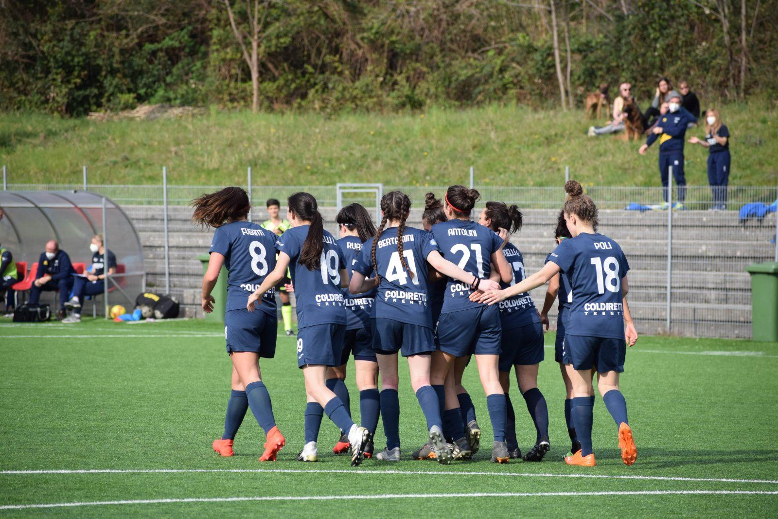 Trento Calcio Femminile dopo il secondo gol contro la Triestina